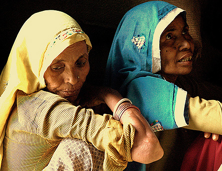 Indian women in Akbarpura / photo: lecercle, flickr