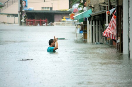 Manila flooding / Photo: rembcc, flickr