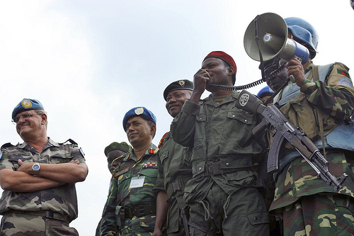 Rebel leader announces the singning of a peace agreement in the DRC