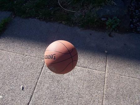 Basketball bouncing