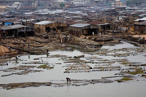 Lagos Nigeria  city images : Lagos, Nigeria. Photo: Stefan Magdalinski/Wikimedia Commons