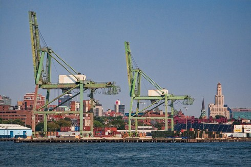 https://isnblog.ethz.ch/wp-content/uploads/2013/02/Red-Hook-Container-Terminal-Brooklyn1.jpg